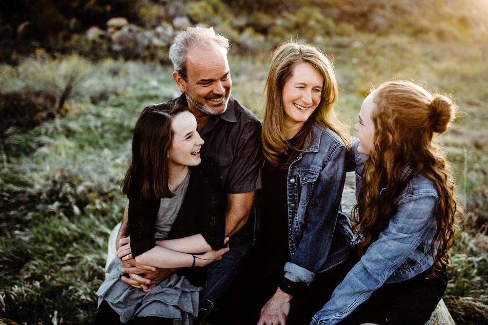 family posing made easy online course for photographers by elena s blair | amy liehr