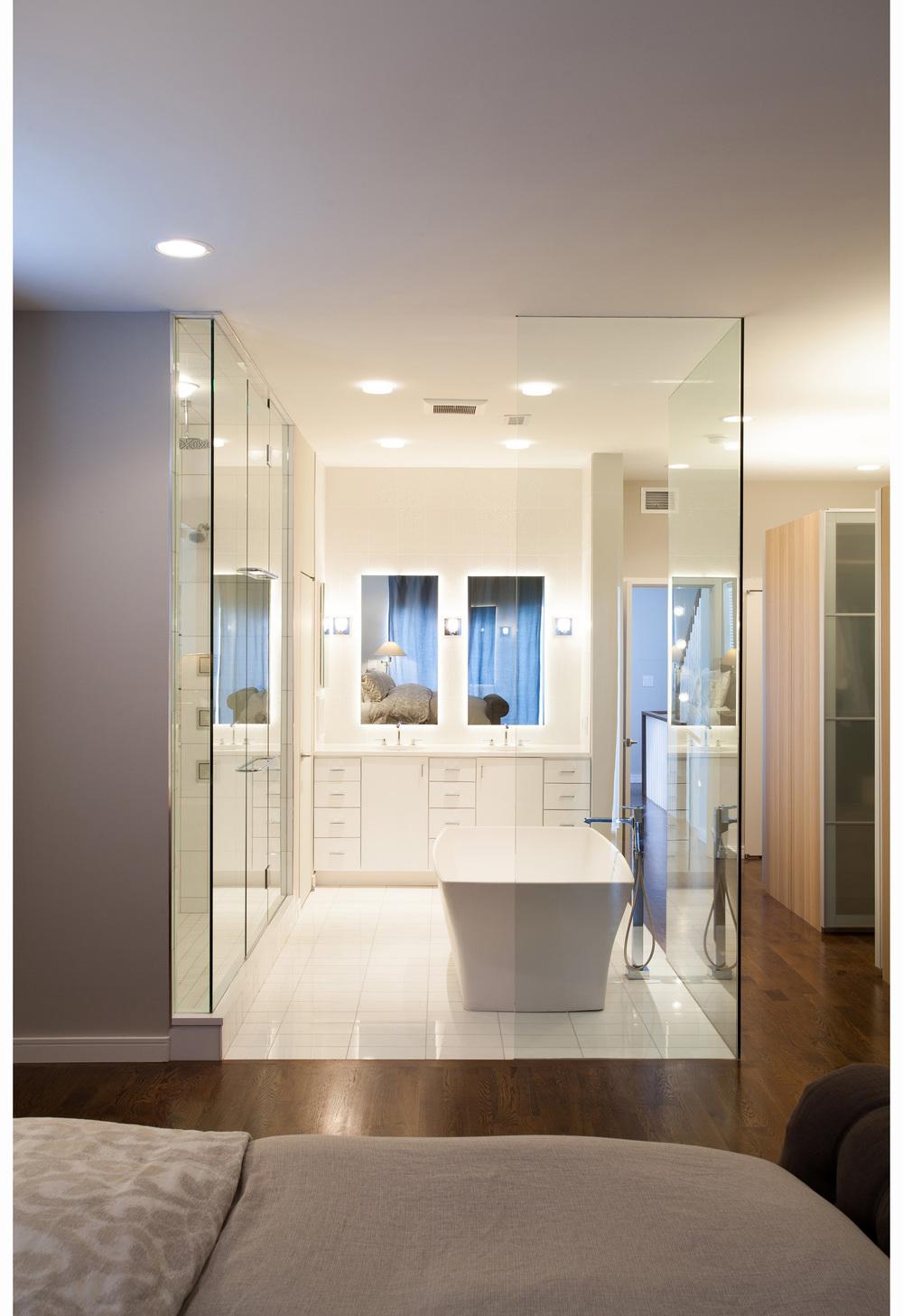 bucktown1_bathroom2.jpg