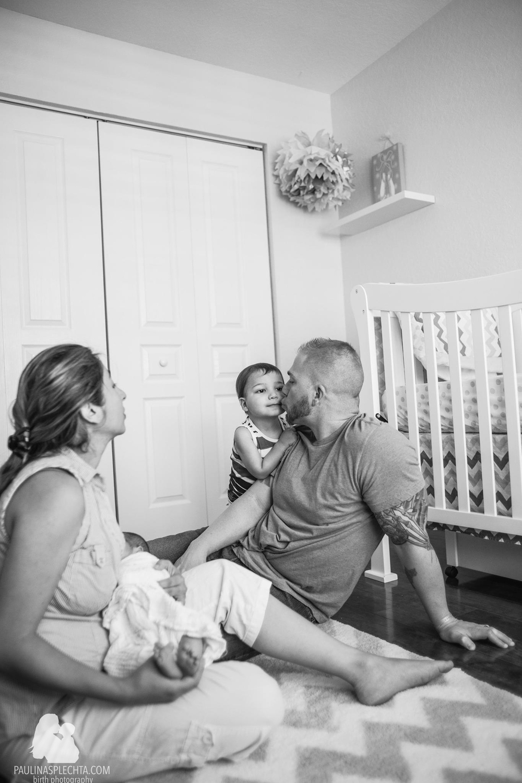 vbac-2vbac-birthwithoutfear-birthphotographer-midwife-womensmidwifery-christinehackshaw-kathyfair-11.jpg