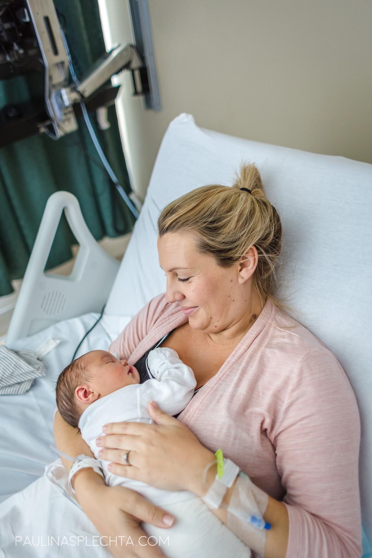boca-birth-photographer-kathy-fair-courtney-mcmillian-midwife-bocaregional-regional-vaginal-birth-csection-repeat-cesarean-christina-hackshaw-6.jpg