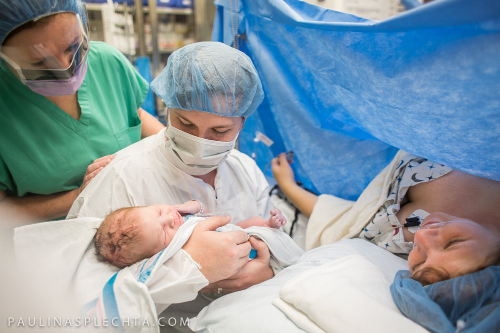 huffington-post-beautiful-photos-moms-c-section-birth-good-samaritan-west-palm-beach-boca-regional-raton-courtney-mcmillian-cosmopolitan-birth-photographer-15.jpg