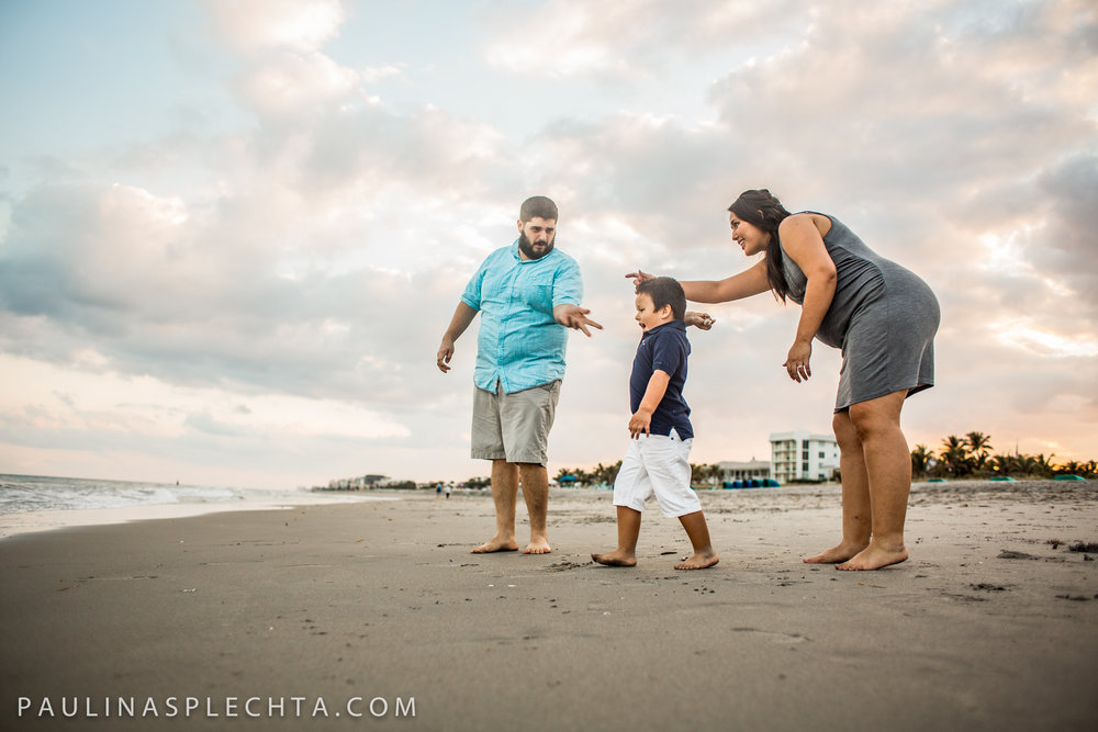 Maternity Newborn and Baby Photographer in Boca Raton Fort Lauderdale South Florida-15.jpg
