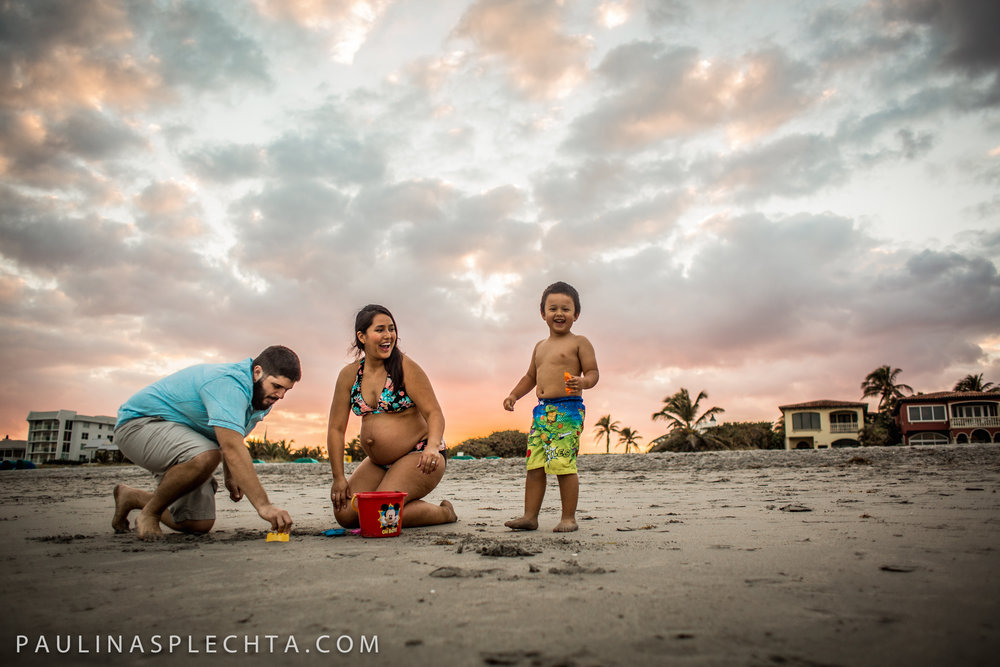 Maternity Newborn and Baby Photographer in Boca Raton Fort Lauderdale South Florida-19.jpg