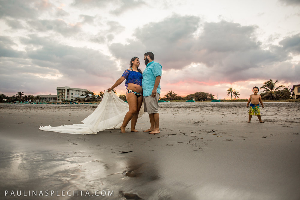 Maternity Newborn and Baby Photographer in Boca Raton Fort Lauderdale South Florida-24.jpg