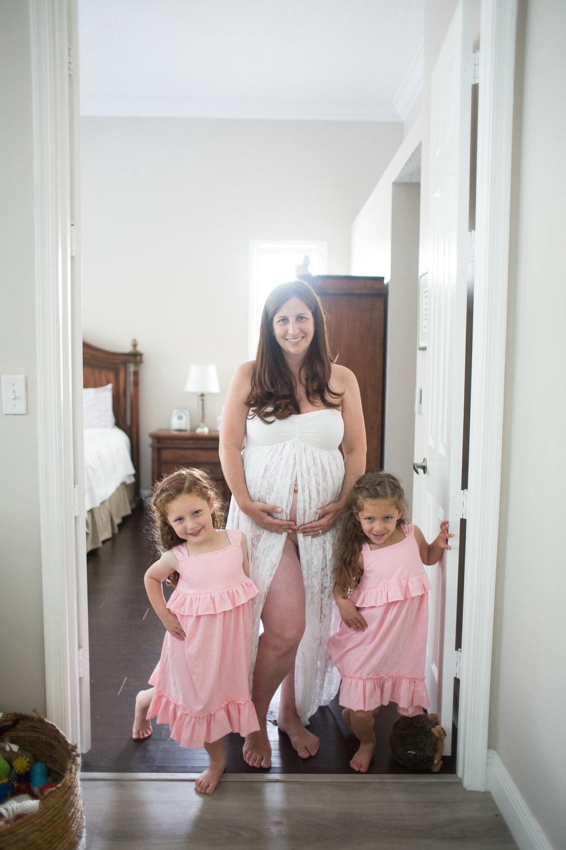 jacksonville newborn photographer.jpg