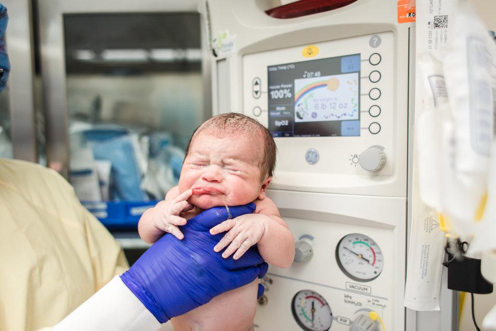 newborn birth weight.jpg