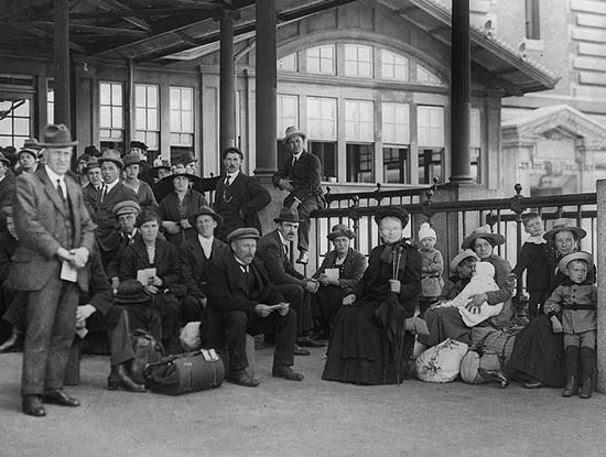 the-welcome-blog-sightseeing-in-new-york-ellis-island