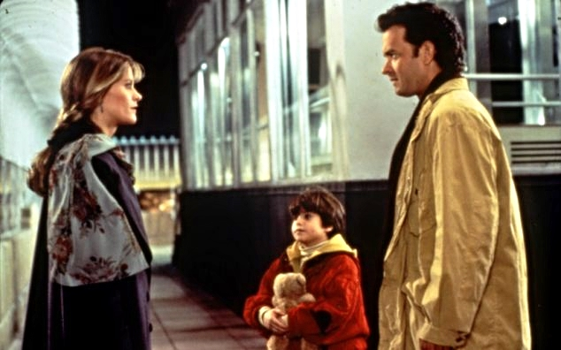 """Sleepless in Seattle "" – Meg Ryan and Tom Hanks at the observation deck, (1993)"