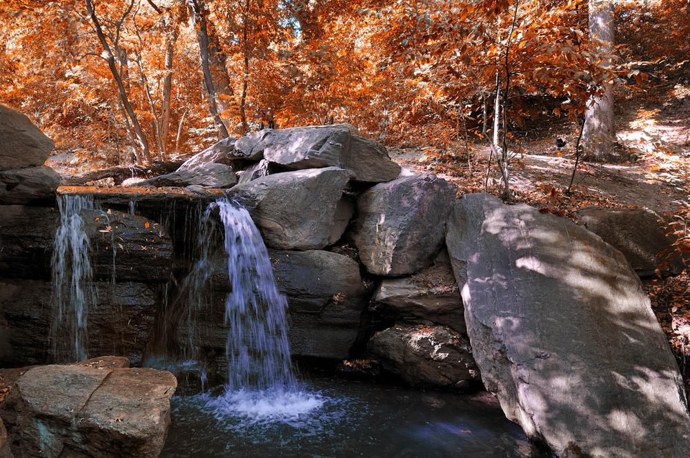 waterfall-in-the-loch.jpg