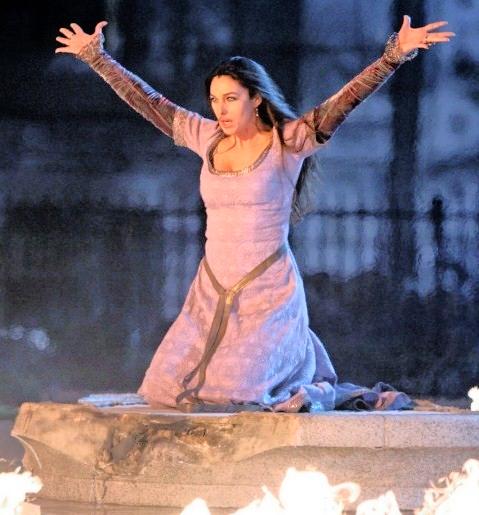 "Monica Bellucci – ""The Sorcerer's Apprentice (2010) location in  Battery Park"