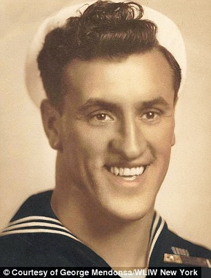 George Mendonsa, the sailor, 22 years-old in August 1945.