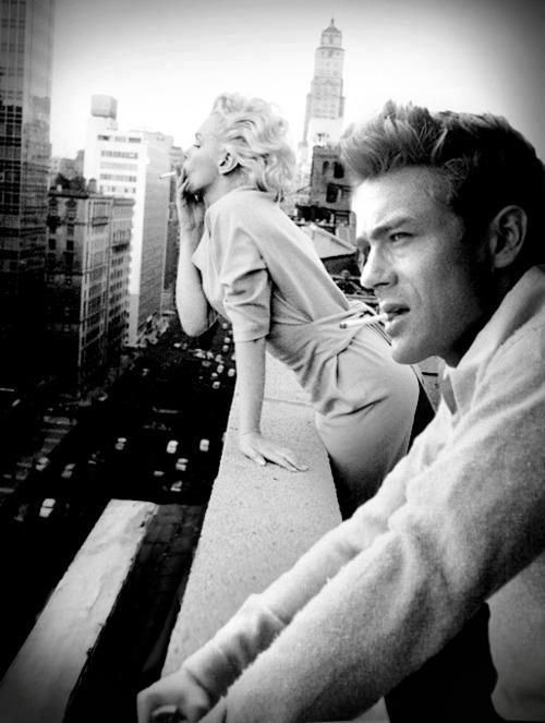 James Dean and Marilyn Monroe at the balcony of the Hotel Chelsea (1954)