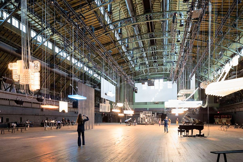 Park Avenue Armory – Part palace, part industrial shed, Park Avenue Armory fills a critical void in the cultural ecology of New York by enabling artists to create—and audiences to experience—unconventional work that cannot be mounted in traditional performance halls and museums. With its soaring 55,000-square-foot —reminiscent of 19th-century European train stations—and array of exuberant period rooms, the Armory offers a new platform for creativity across all art forms.
