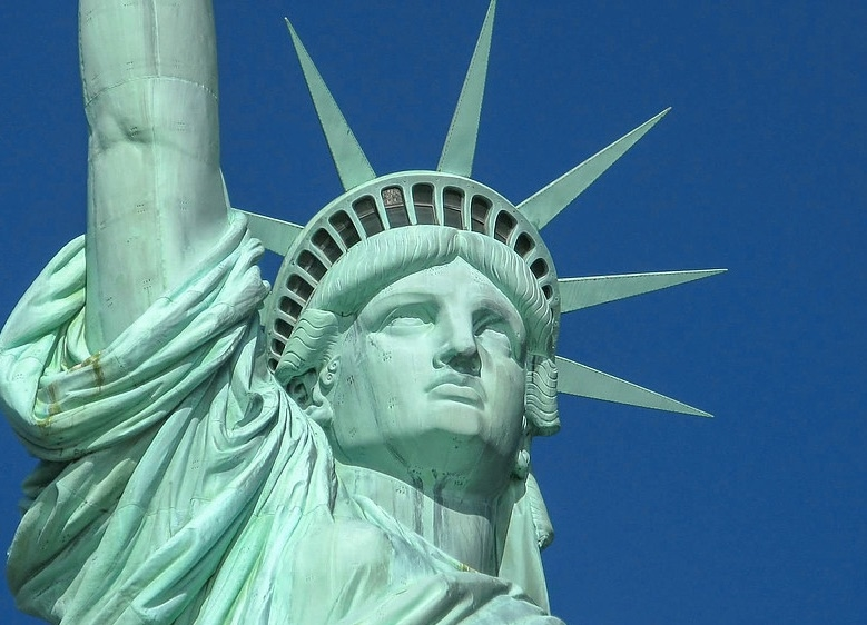 statue-of-liberty-the-welcome-blog