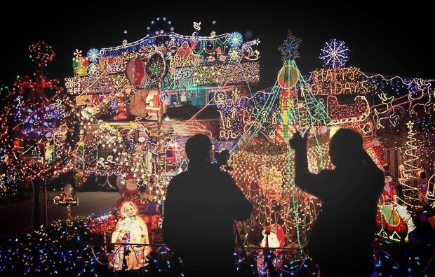 dyker-heights-christmas-lights-the-welcome-blog-the-welcome-hub