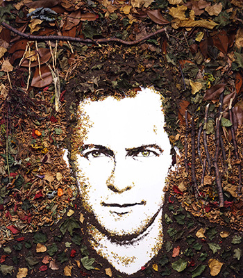 Vik Muniz is   a Brazilian artist and photographer  , originally from São Paulo. Initially a sculptor, Muniz grew interested with the photographic representations of his work, eventually focusing completely on photography