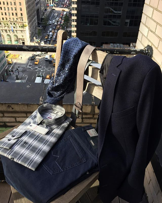 #LookOfTheWeek  Easy and elegant look for a busy Monday. #CarlGross sport jackets with zip out bib, #Haupt shirt and #Alberto business jean. All available in stores!  #menswear #fashion #style #schuyler4 #albertopantswelove #albertopants #codice #fall #monday #mensfashion