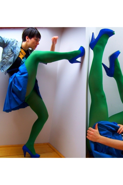 green-socks-blue-zara-shoes-blue-skirt-blue-fox-jacket-black_400.jpg