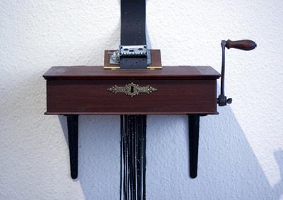 edgardo-rudnitzky-vanishingmusic-2014-wood-brass-paper-musicbox-dimensiosnvariable-courtesyoftheartist_1.jpg