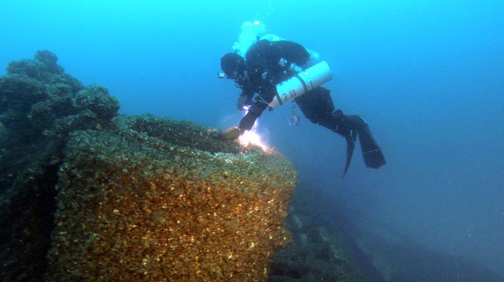 shipwreck2.jpg