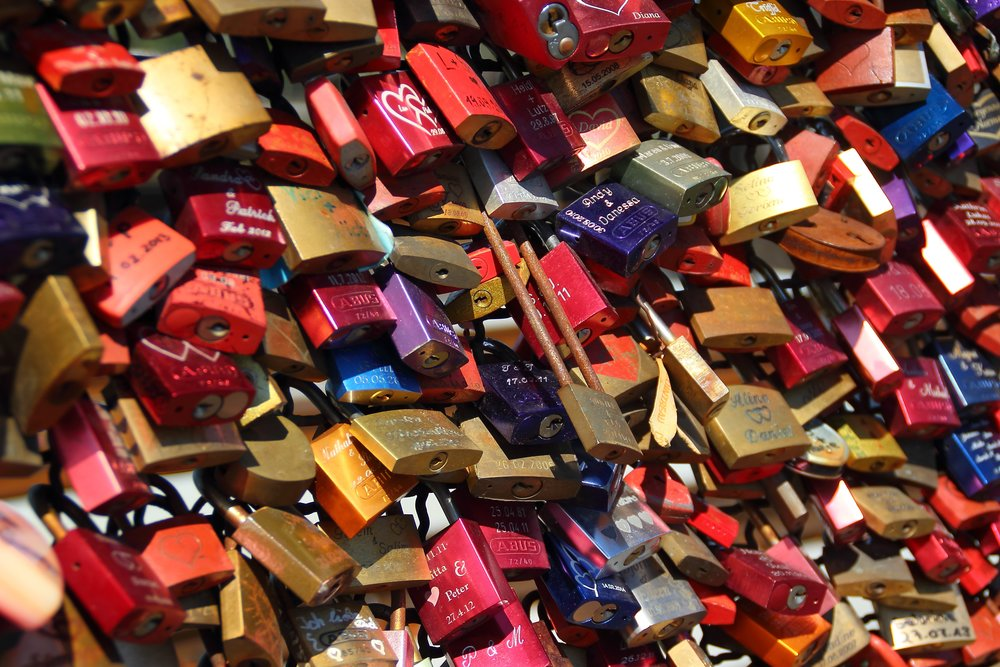 padlocks-completed-castles-love-56877.jpeg