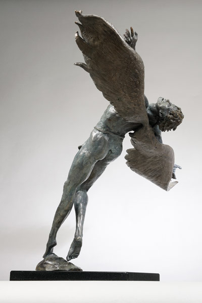 Icarus_lge3.jpg