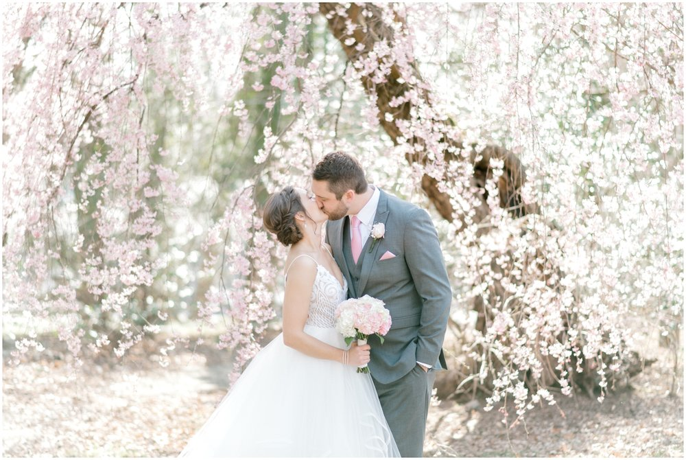 Sunny Spring Wedding at The Carriage House at Rockwood Park in Wilmington, DE- Krista Brackin Photography_0038.jpg