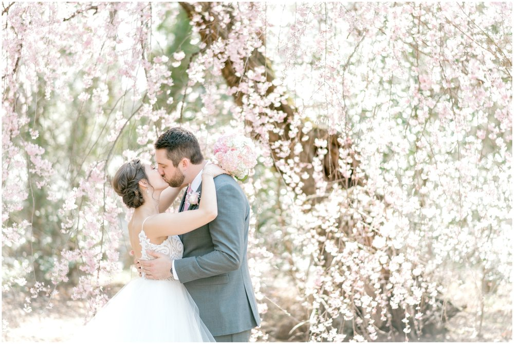 Sunny Spring Wedding at The Carriage House at Rockwood Park in Wilmington, DE- Krista Brackin Photography_0044.jpg