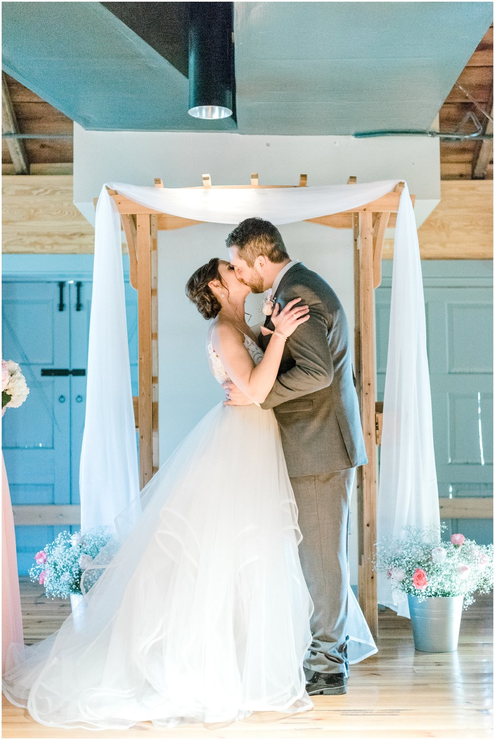 Sunny Spring Wedding at The Carriage House at Rockwood Park in Wilmington, DE- Krista Brackin Photography_0073.jpg