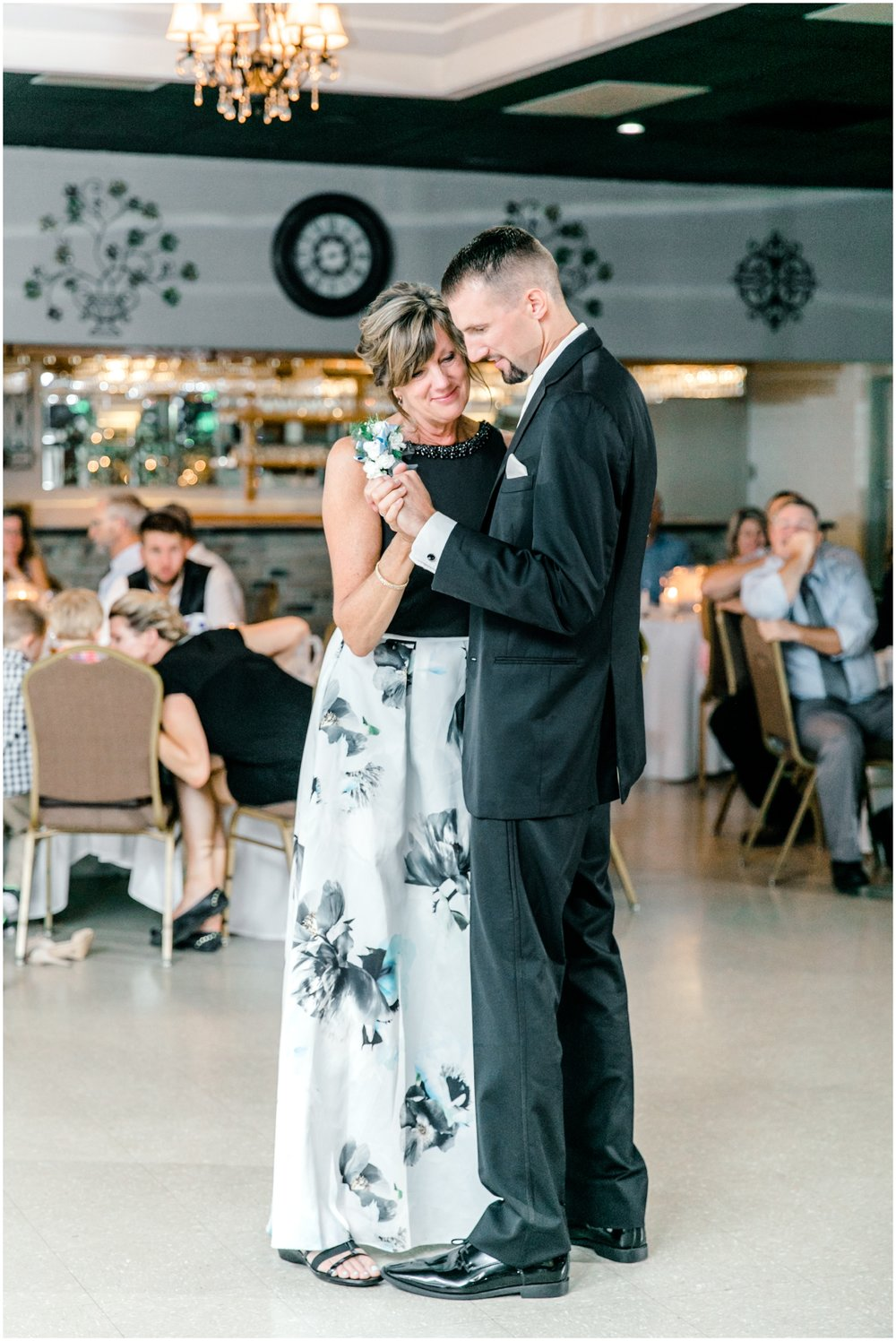 Summer Maryland Wedding - Krista Brackin Photography_0066.jpg