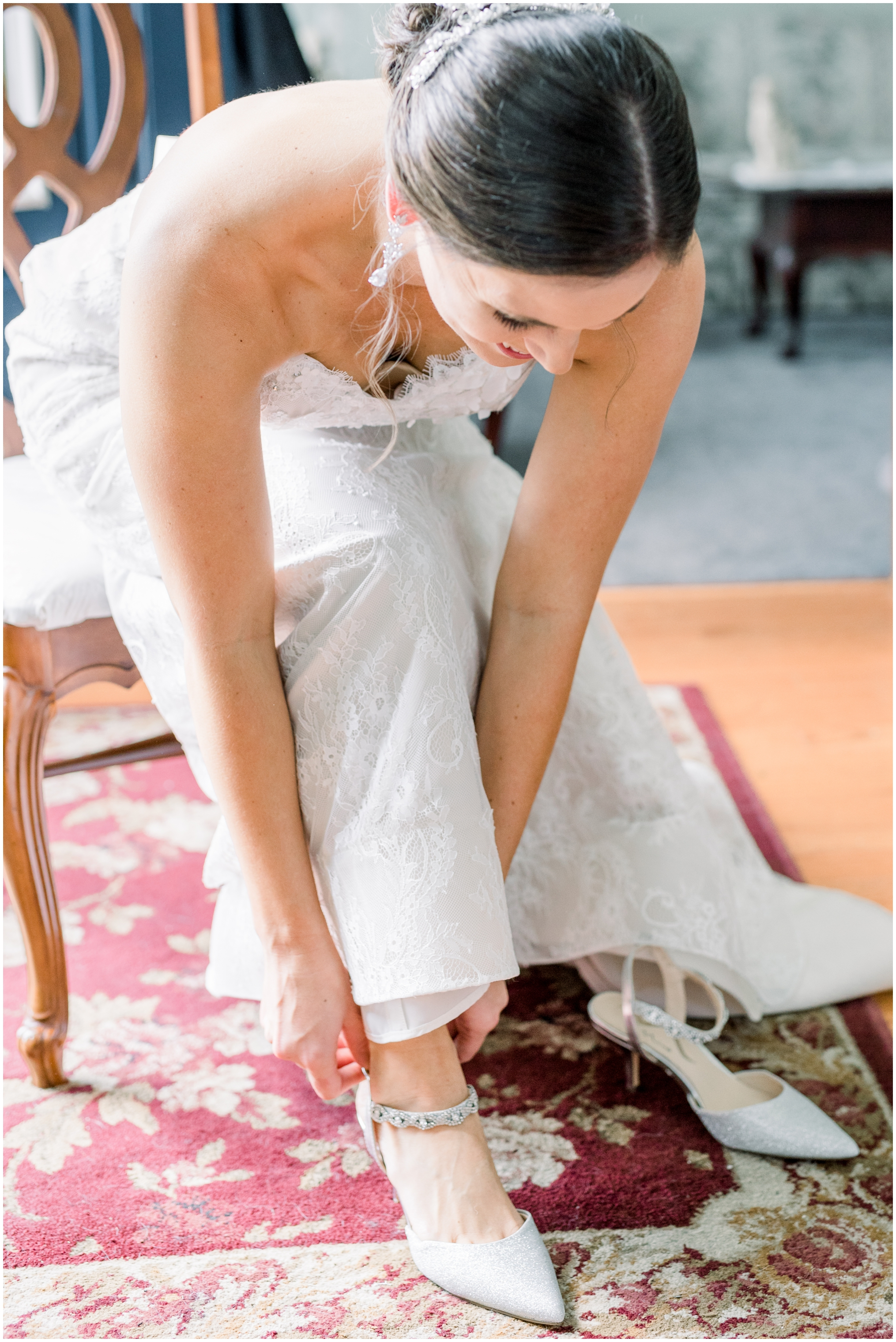 Krista Brackin Photography | April Wedding at The Carriage House at Rockwood Park_0017.jpg