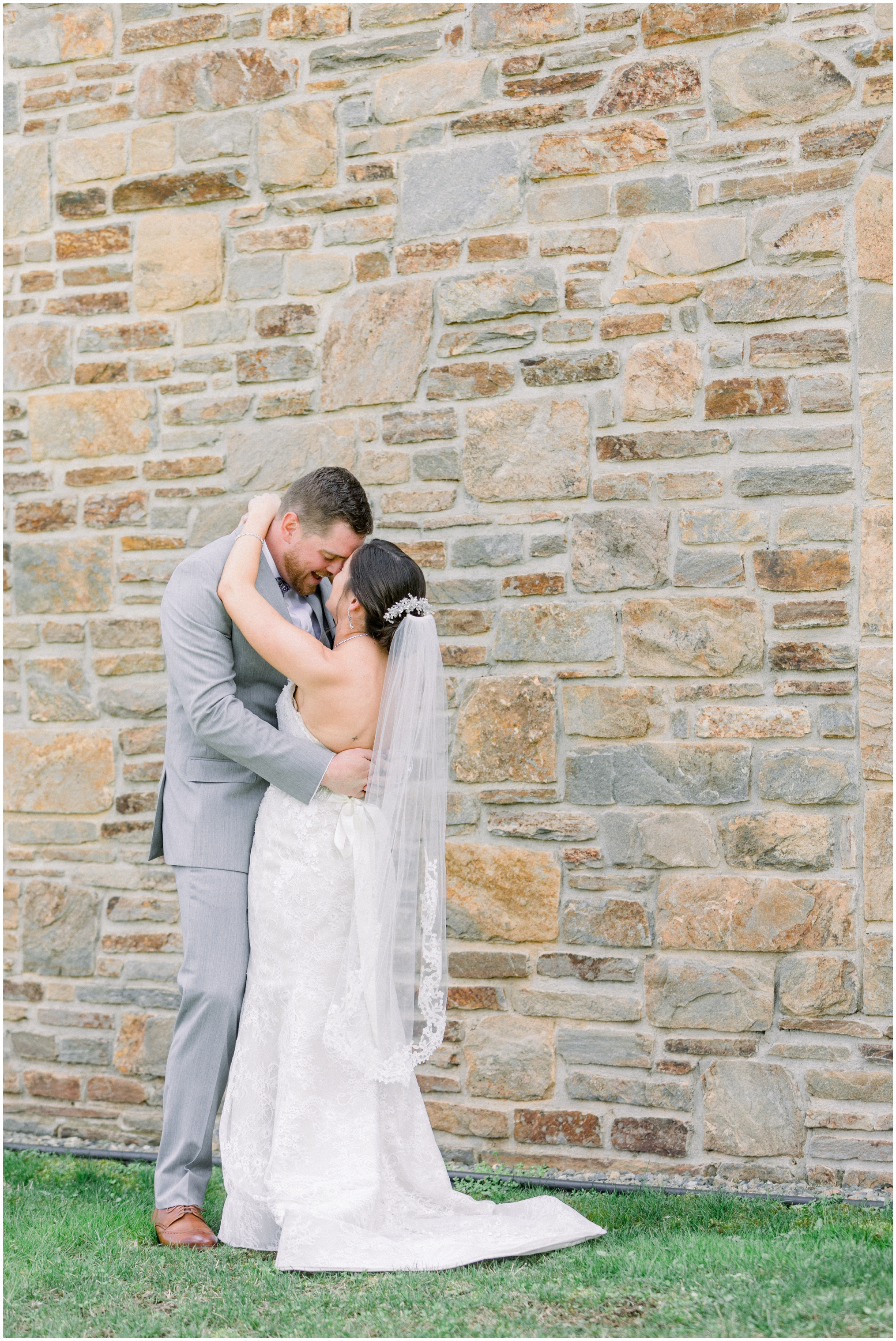 Krista Brackin Photography | April Wedding at The Carriage House at Rockwood Park_0036.jpg