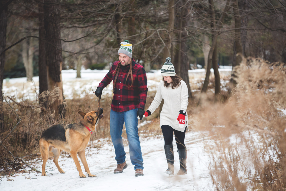 Engagement-Photos-Hamilton-Niagara-Toronto-Burlington-Oakville-Photographer-Engaged-Ring-Photography-Dog-Winter-Moments-by-Lauren-Image-5.png