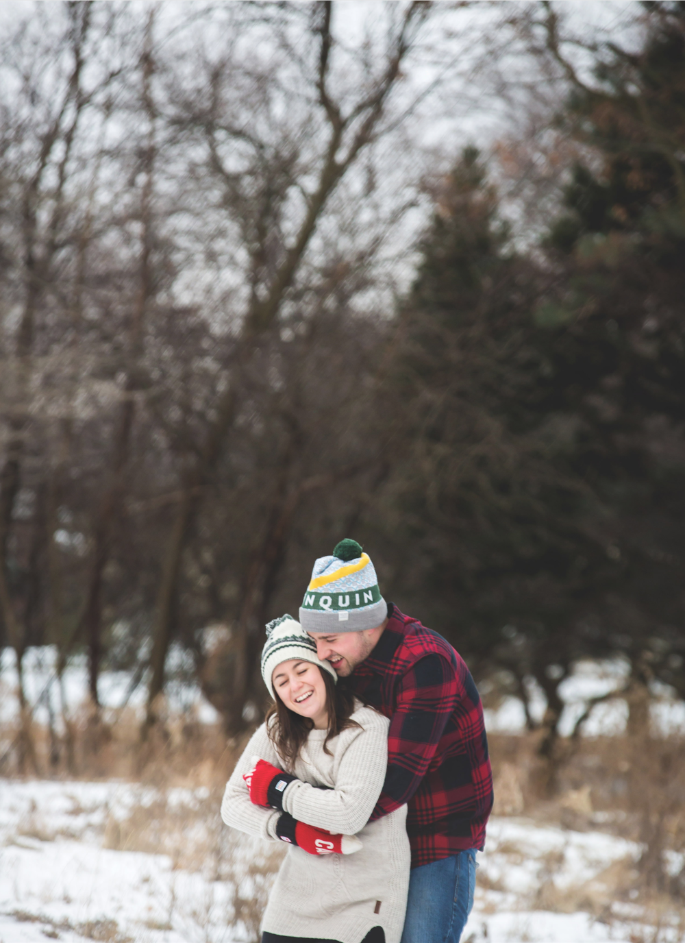 Engagement-Photos-Hamilton-Niagara-Toronto-Burlington-Oakville-Photographer-Engaged-Ring-Photography-Dog-Winter-Moments-by-Lauren-Image-12.png