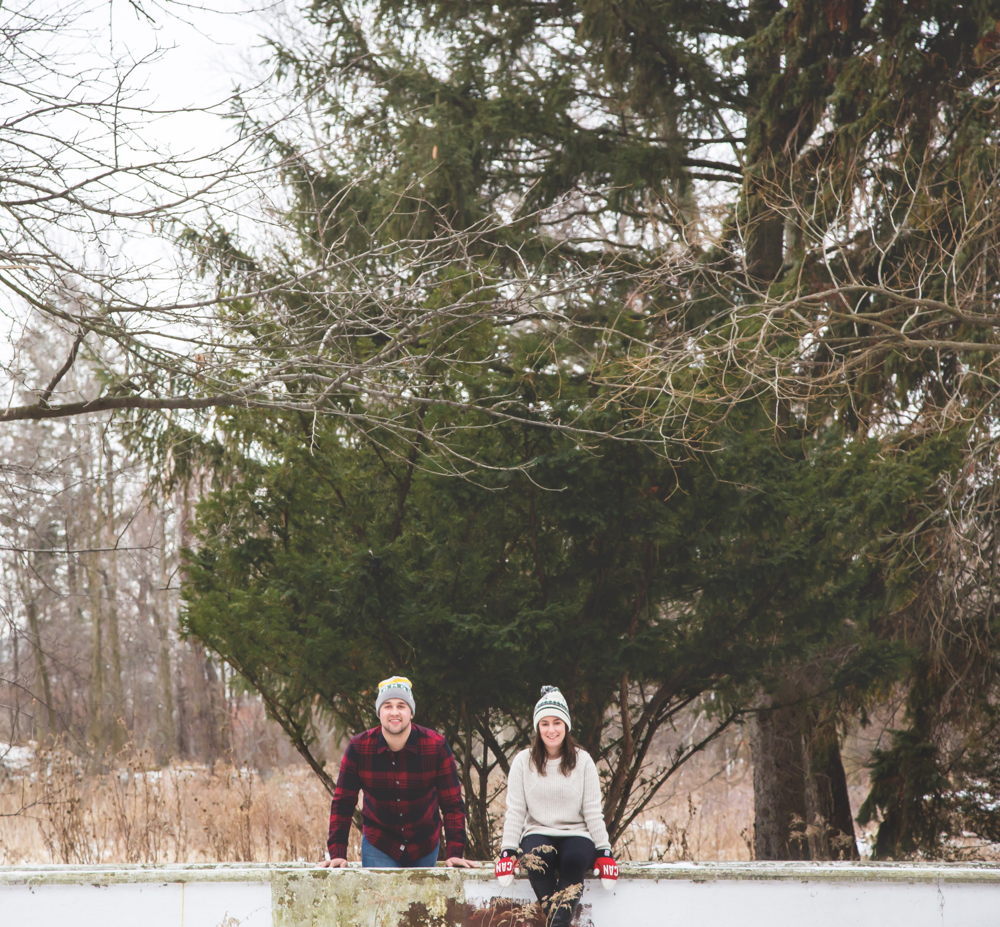 Engagement-Photos-Hamilton-Niagara-Toronto-Burlington-Oakville-Photographer-Engaged-Ring-Photography-Dog-Winter-Moments-by-Lauren-Image-13.png