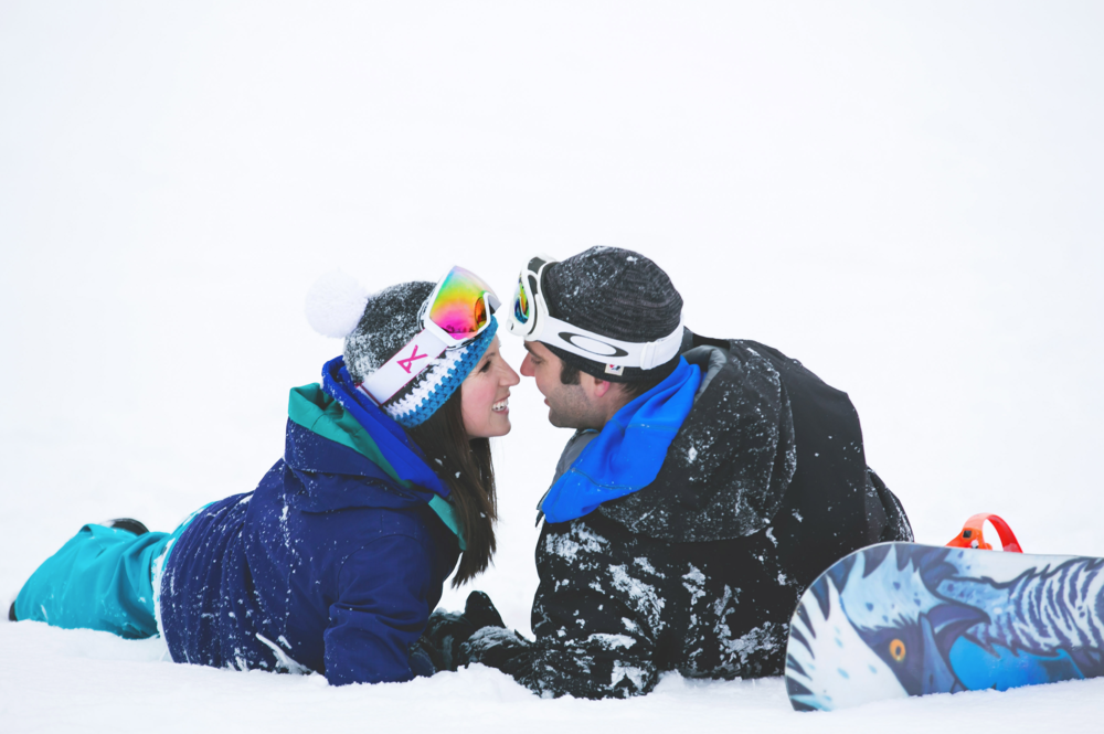 Engagement-Photos-Hamilton-Niagara-Toronto-Burlington-Oakville-Photographer-Engaged-Ring-Photography-Snowboarding-Winter-Moments-by-Lauren-Image-20.png
