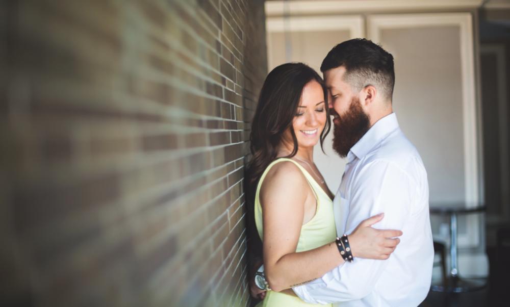 Engagement-Photos-Hamilton-Photographer-James-Street-HamOnt-GTA-Toronto-Niagara-Urban-Engaged-Moments-by-Lauren-Photo-6.png