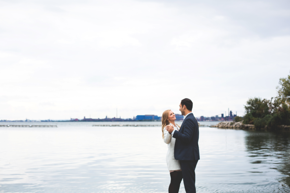 Engagement-Session-Hamilton-Burlington-Oakville-Niagara-Toronto-Wedding-Photographer-Engaged-Photography-Waterfront-Engaged-Golden-Hour-Moments-by-Lauren-Photo-Image-3.png
