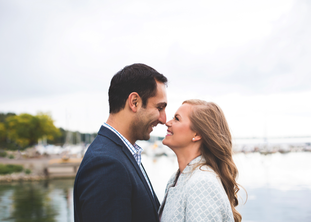 Engagement-Session-Hamilton-Burlington-Oakville-Niagara-Toronto-Wedding-Photographer-Engaged-Photography-Waterfront-Engaged-Golden-Hour-Moments-by-Lauren-Photo-Image-2.png
