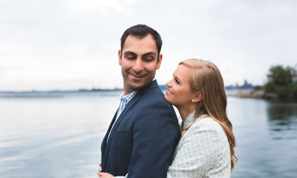 Engagement-Session-Hamilton-Burlington-Oakville-Niagara-Toronto-Wedding-Photographer-Engaged-Photography-Waterfront-Engaged-Golden-Hour-Moments-by-Lauren-Photo-Image-4.png