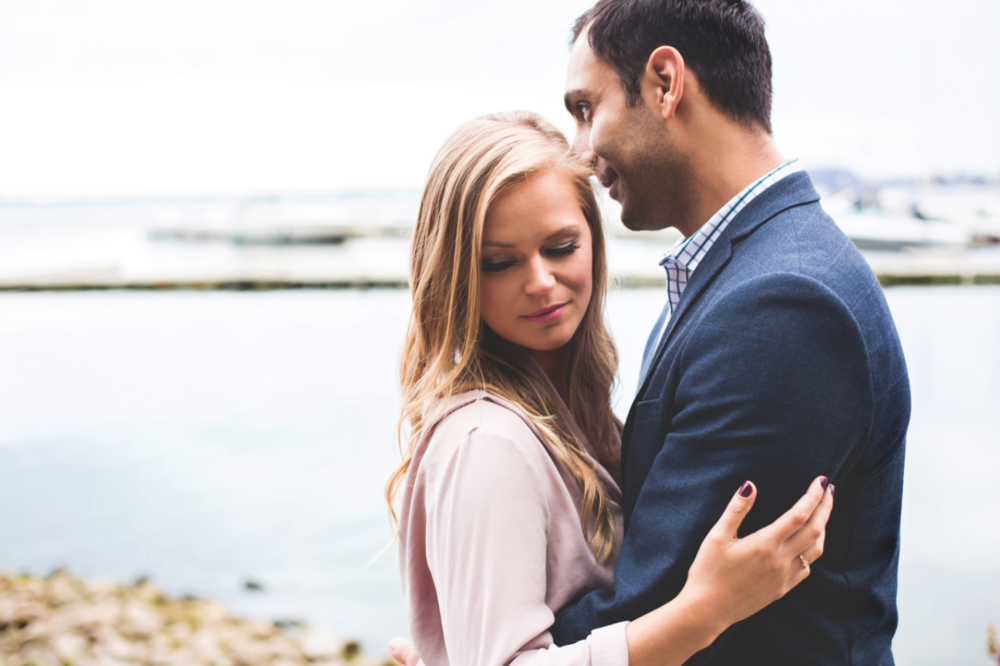 Engagement-Session-Hamilton-Burlington-Oakville-Niagara-Toronto-Wedding-Photographer-Engaged-Photography-Waterfront-Engaged-Golden-Hour-Moments-by-Lauren-Photo-Image-14.png