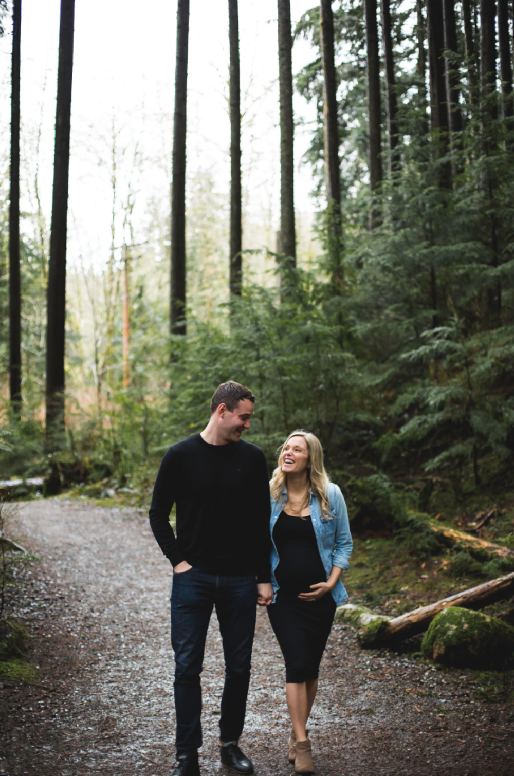 Maternity-Session-North-Vancouver-Lynn-Canyon-BC-Hamilton-Burlington-Oakville-Niagara-Toronto-Wedding-Portrait-Photographer-Expecting-Photography-Waterfront-HamOnt-Golden-Hour-Moments-by-Lauren-Photo-Image-3.png
