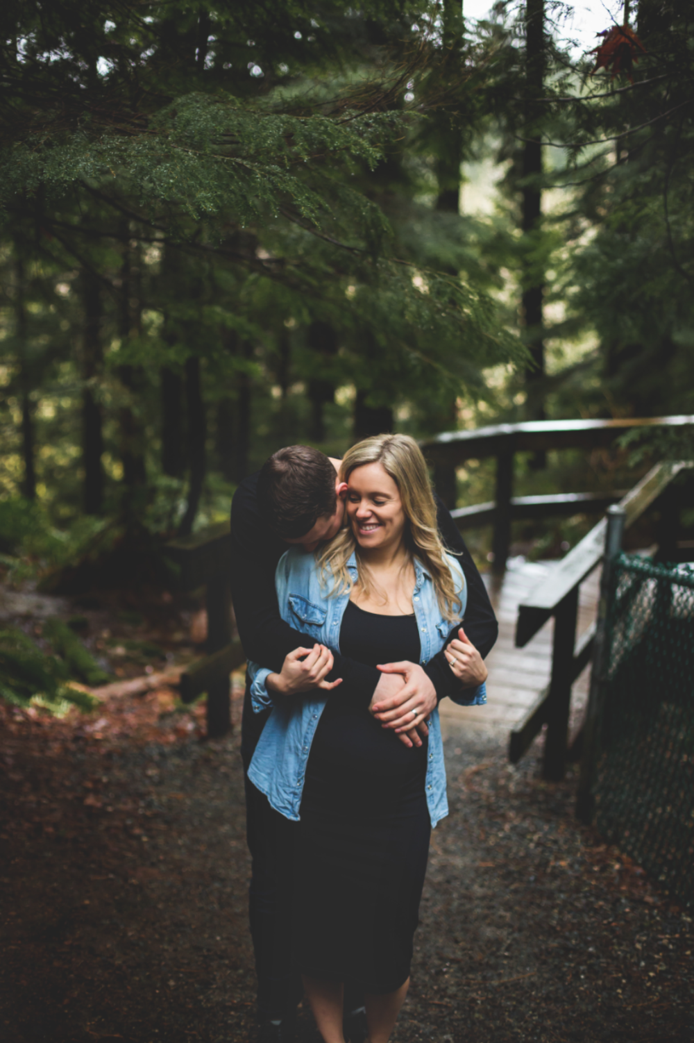 Maternity-Session-North-Vancouver-Lynn-Canyon-BC-Hamilton-Burlington-Oakville-Niagara-Toronto-Wedding-Portrait-Photographer-Expecting-Photography-Waterfront-HamOnt-Golden-Hour-Moments-by-Lauren-Photo-Image-8.png