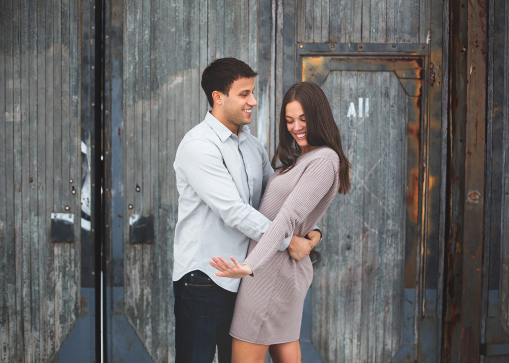 Engagement-Session-Downtown-Toronto-Hamilton-Burlington-Oakville-Niagara-Wedding-Photographer-Engaged-Photography-Artscape-Wynchwood-Barn-Urban-HamOnt-Engaged-Moments-by-Lauren-Photo-Image-19.png