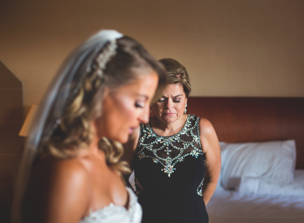 Wedding-Burlington-Convention-Center-Burlington-Oakville-Toronto-Hamilton-Niagara-Wedding-Photographer-Photography-Moments-by-Lauren-Photo-Image-9.png