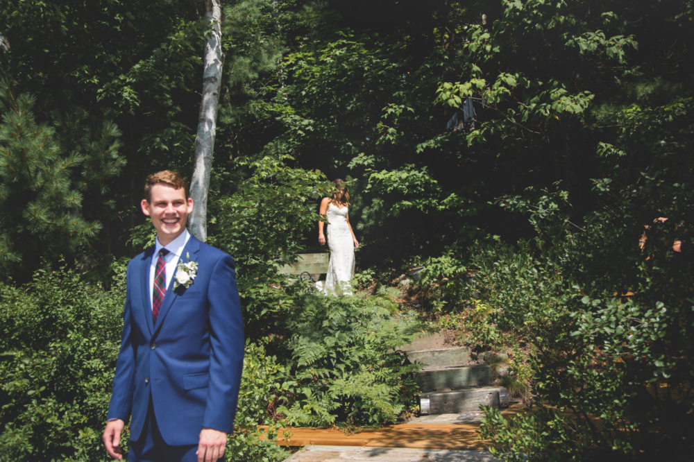 Wedding-Photos-Muskoka-Clevelands-House-Photographer-Wedding-Hamilton-GTA-Niagara-Oakville-Moments-by-Lauren-Photography-Photo-Image-19.png