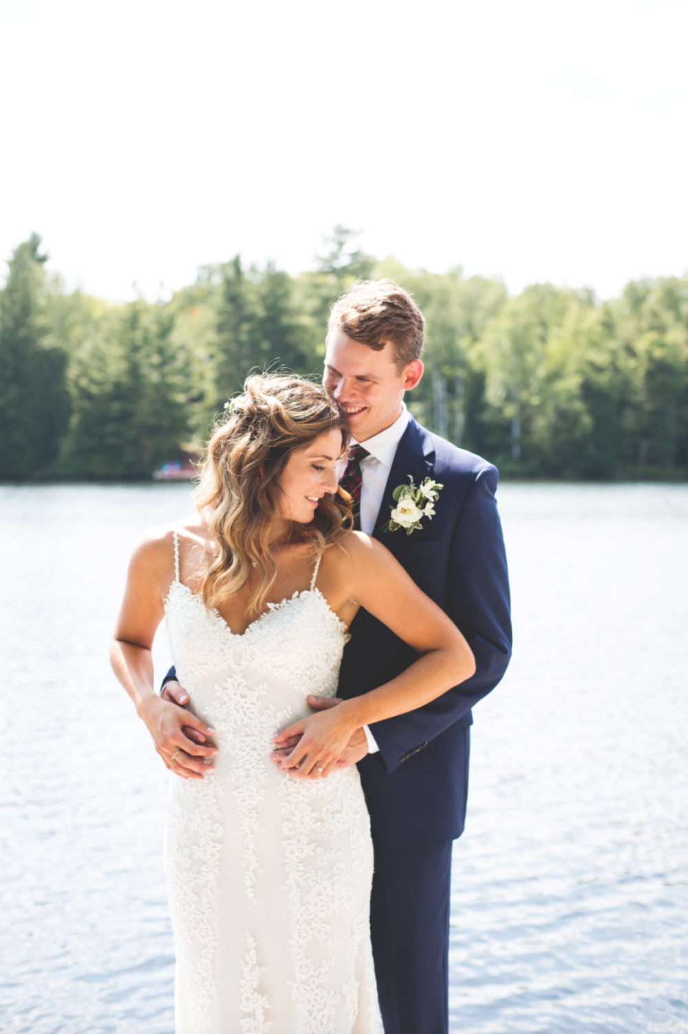 Wedding-Photos-Muskoka-Clevelands-House-Photographer-Wedding-Hamilton-GTA-Niagara-Oakville-Moments-by-Lauren-Photography-Photo-Image-42.png