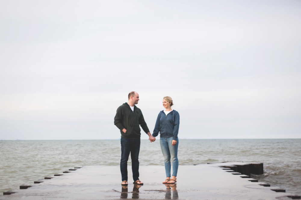 Engagement-Session-Hamilton-Burlington-Oakville-Toronto-Niagara-Wedding-Photographer-Engaged-Photography-Waterfront-HamOnt-Engaged-Moments-by-Lauren-Photo-Image-8.png