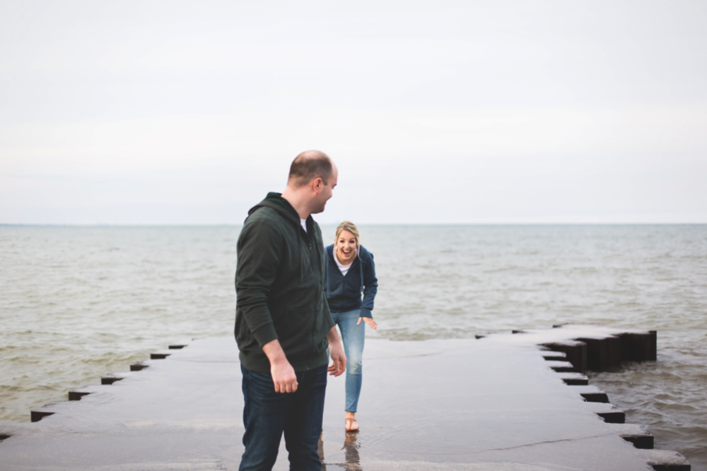 Engagement-Session-Hamilton-Burlington-Oakville-Toronto-Niagara-Wedding-Photographer-Engaged-Photography-Waterfront-HamOnt-Engaged-Moments-by-Lauren-Photo-Image-13.png