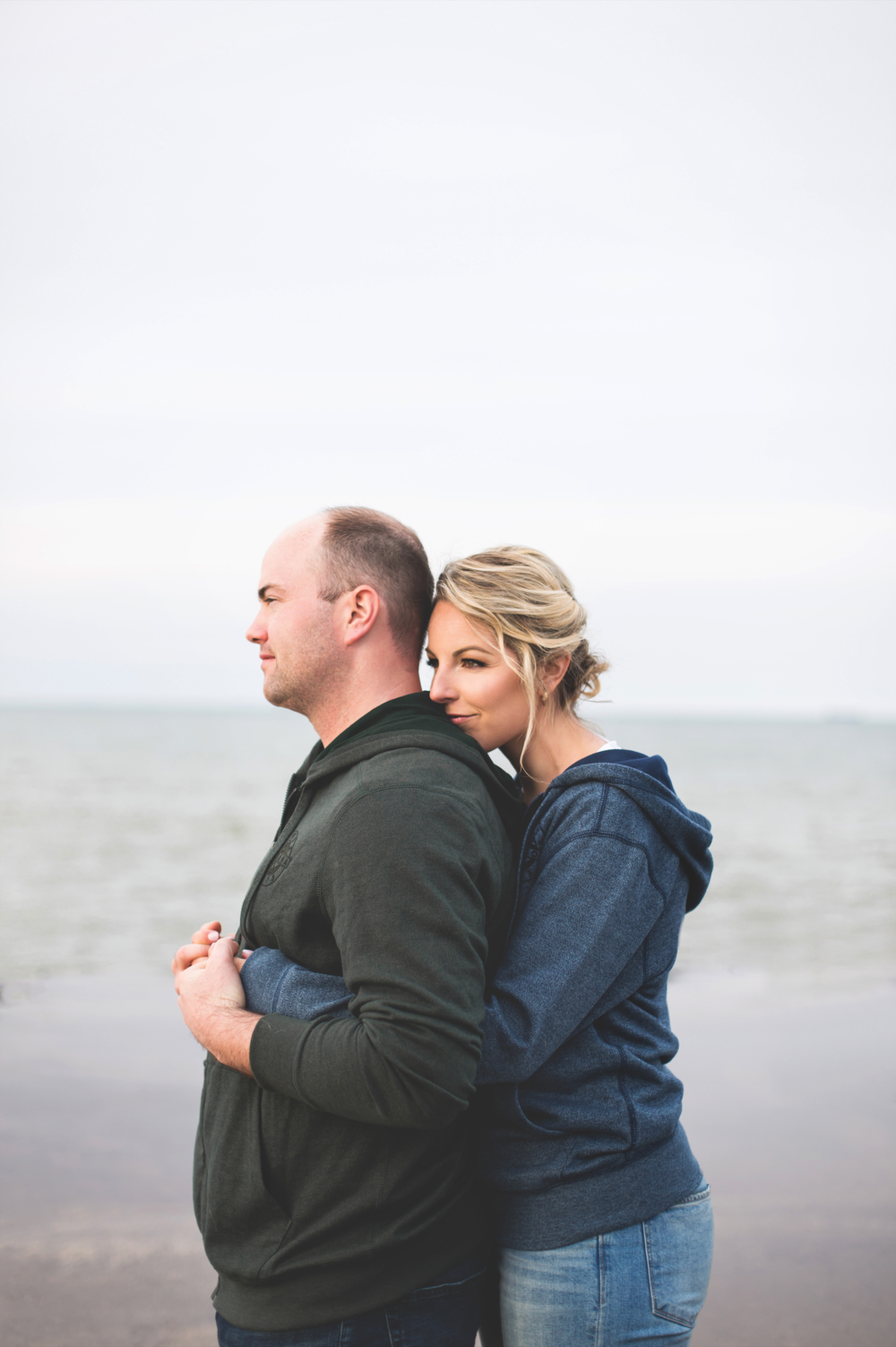 Engagement-Session-Hamilton-Burlington-Oakville-Toronto-Niagara-Wedding-Photographer-Engaged-Photography-Waterfront-HamOnt-Engaged-Moments-by-Lauren-Photo-Image-11.png